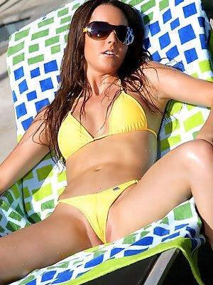 Erica Ellyson Gold Thong...